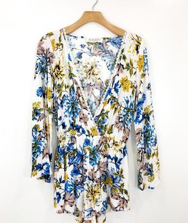Audrey 3+1 Audrey 3+1 Floral Flare Sleeve Romper
