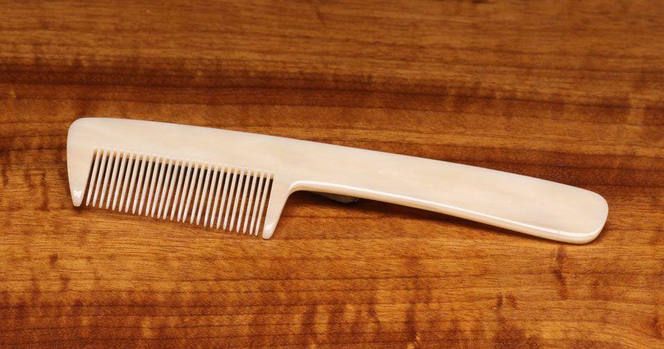 Hareline Underfur Hair Comb