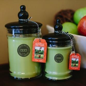 Personalized 18oz Large Jar Candle - Fresh Apple