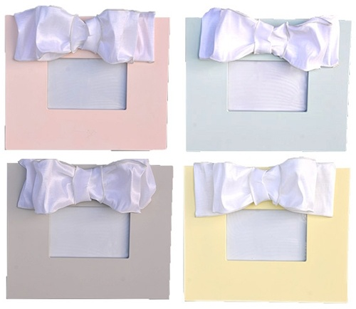 Frame Personalized Pastel Metallic Bow Frame