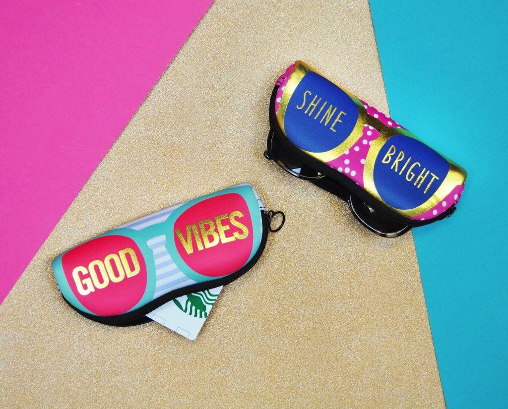 Pouch Zipper Pouch - Good Vibes