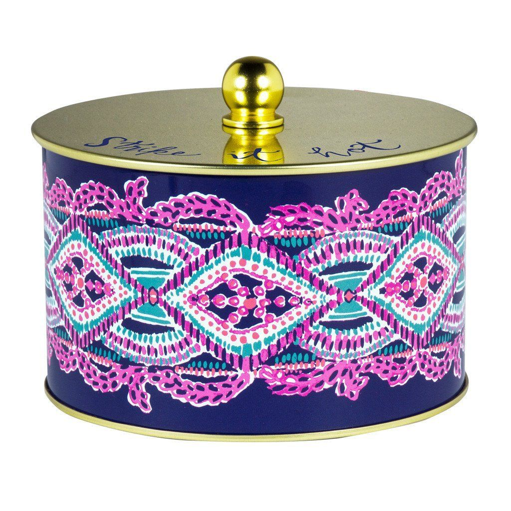 Lilly Pulitzer Large 2-Wick Candle, Seas the Day