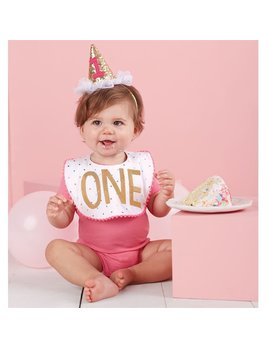 Bib Girl Cake Smashing Set