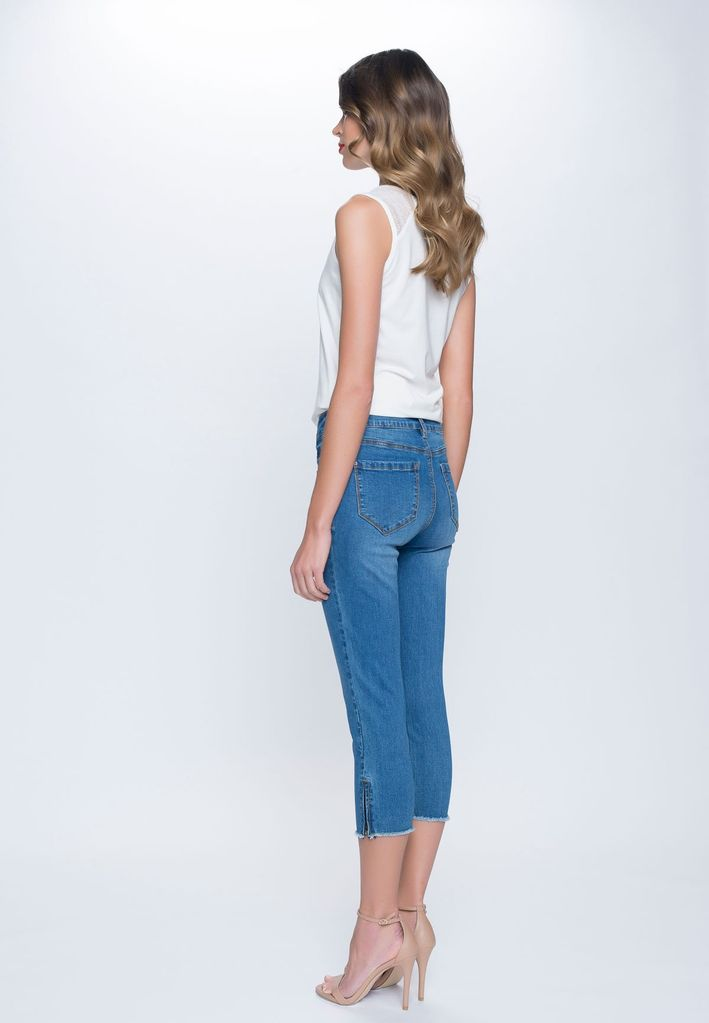 Zip Ankle Cropped Jeans