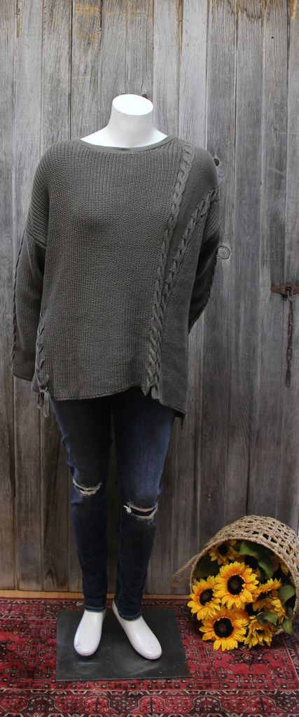 Helmsley Pull-over