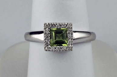 14k White Gold Diamond & Peridot Princess Halo Fashion Ring
