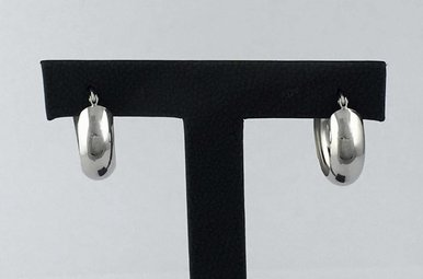 14k White Gold 6.5mm Wide Polished 18mm Hoop Earrings