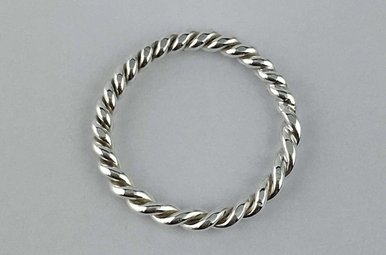 Sterling Silver Barely There Twist Band Size 1