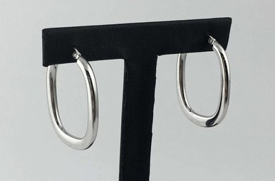 14k White Gold Oval 20mm Hoop Earrings