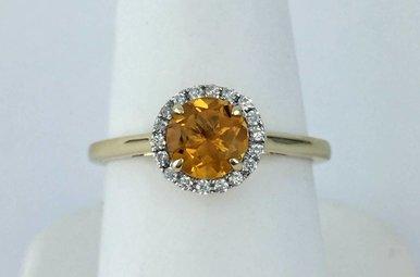 10k Yellow Gold 1/10ct Diamond & 1.10ct Citrine Ring (Sz 7)