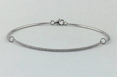 14k White Gold .16ctw Diamond Curved Bar 3-Link Bracelet