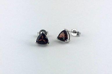 10k White Gold Trillion Garnet Stud Earrings