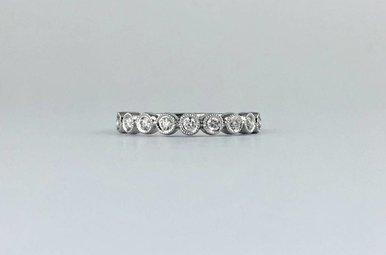 14k White Gold .23ctw Diamond Round Bezel Milgrain Stackable Wedding Band Ring (Size 6)