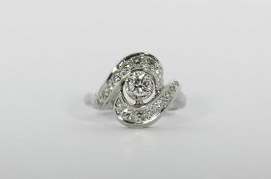 PLAT 1/2CTW TRANS/SGL VINTAGE ENGAGEMENT RING WITH TRANSITIONAL CENTER & SINGLE CUTS