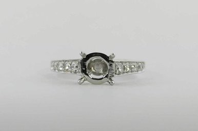 PLAT .35CTW SEMI MOUNT ENGAGEMENT RING WITH ROUND BRILLIANTS