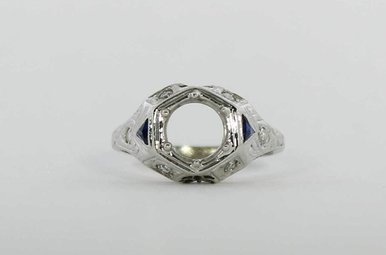 18KW VINTAGE SYN/SAPH SEMI MOUNT ENGAGEMENT RING WITH SINGLE CUT DIAMONDS
