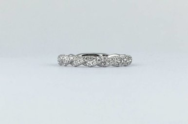 14k White Gold .41ctw Diamond Twisted Barely There Stackable Wedding Band (Size 6)