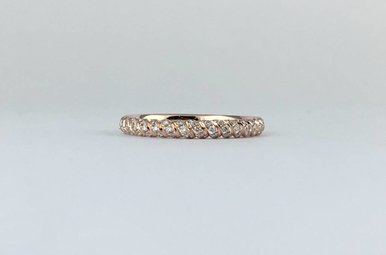 14k Rose Gold .41ctw Diamond Rolled Twisted Barely There Stackable Wedding Band (Size 6)