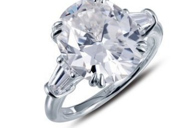 LAFONN 3 STONE 5.75CTW OVAL ENGAGEMENT RING