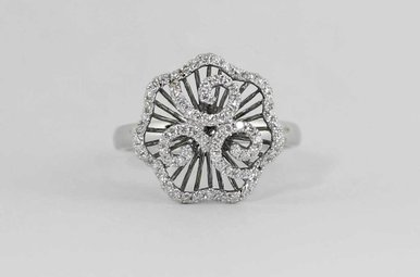 18KW .33CTW LADIES DIAMOND FASHION RING