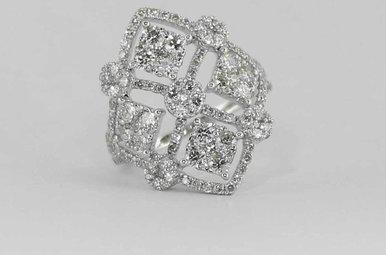 14KW 2.19CTW LADIES DIAMOND FASHION RING