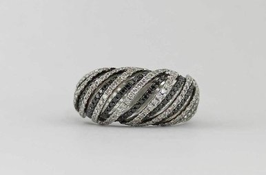 14KW .71CTW-WH .41CTW-BK BLACK & WHITE DIAMOND LADIES RING