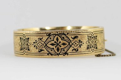 14KY VINTAGE 1864 ENAMELED HAND ENGRAVED LADIES BANGLE BRACELET