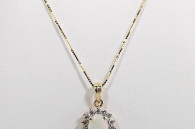 14KY .21CTW-DIA .37CT-OP OPAL & DIAMOND LADIES HALO PENDANT