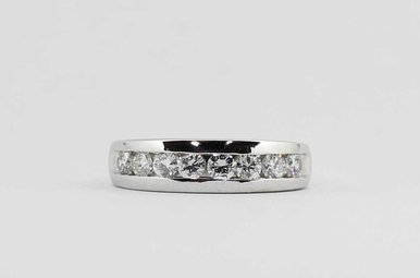 PLAT 1CTW GENTS CHANNEL WEDDING BAND WITH ROUND BRILLIANT DIAMONDS