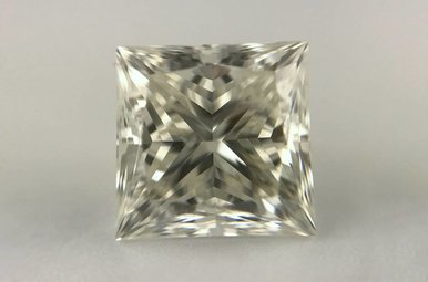 3.16ct I/SI1 Princess Cut Diamond
