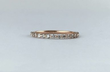 14k Rose Gold .25ctw Diamond Single Prong Stackable Wedding Band (Size 4)