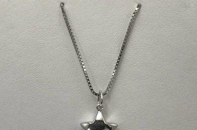 Sterling Silver Star Hot Diamonds Necklace