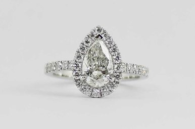 14KW 1.01CT-CTR 1.5CTW HALO DIAMOND ENGAGEMENT RING WITH PEAR CUT CENTER