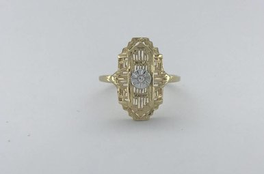 10k Yellow Gold 0.02ctw Vintage Estate Signet Ring (Size 7)