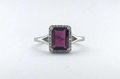 14k White Gold .12ctw Diamond Halo 1.80ct Rhodolite Garnet Ring (Size 7)