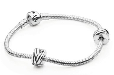 PANDORA Iconic Bracelet Gift Set - 19 cm / 7.5 in (Includes charm of choice, valued up to $45)
