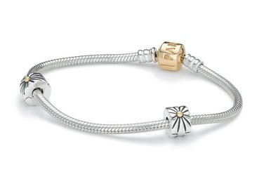 PANDORA Two-Tone Iconic Bracelet Gift Set w/ 14k - 19 cm / 7.5 in (Includes charm of choice, valued up to $45)