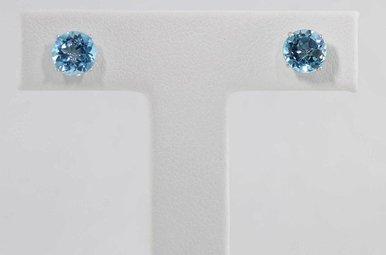 10KW BLUE TOPAZ STUD EARRINGS