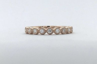 14k Rose Gold .24ctw Diamond Round Bezel Milgrain Stackable Wedding Band Ring (Size 6)