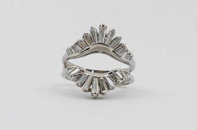 PLAT 1CTW BAGUETTE DIAMOND LADIES RING GUARD
