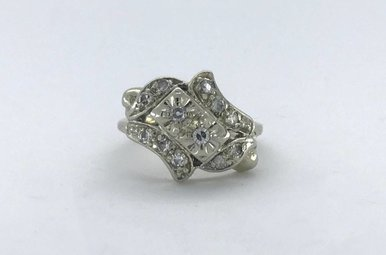 14k White Gold 1/4ctw Diamond Single Cut Vintage Style Ring (Size 4.5)