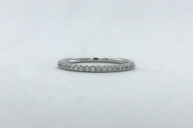 14k White Gold .14ctw Diamond French Set Stackable Wedding Band (Size 6)