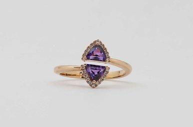14KR .13CTW-DIA .56CTW-AM AMETHYST & DIAMOND LADIES BYPASS RING