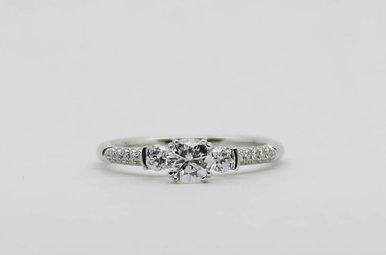 14KW 3/8ct-Ctr 3/4ctw Round Brilliant Diamond Engagement Ring