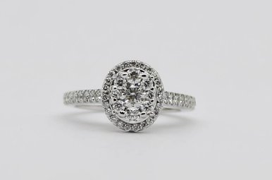 14KW 7/8ctw Oval Halo Round Brilliant Diamond Engagement Ring