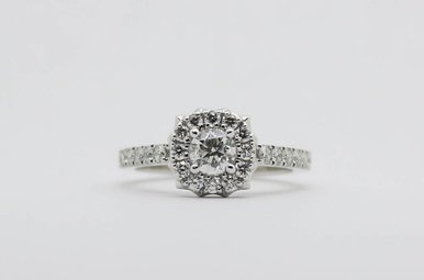 14kw 3/8ct-Ctr 7/8ctw Round Brilliant Diamond Halo Engagement Ring