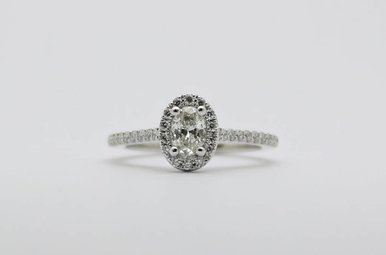 14kw 3/8ct-Ctr 5/8ctw Oval Halo Diamond Engagement Ring