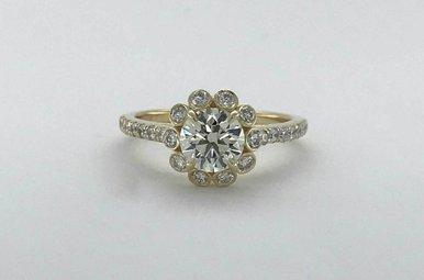 14k Yellow Gold 1.53ctw (1.03ct K/VVS2 Round Brilliant) Bezel Diamond Halo Engagement Ring