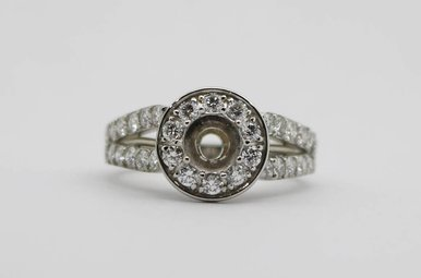 14kw 1ctw Round Brilliant Diamond Halo Semi Mount Engagement Ring