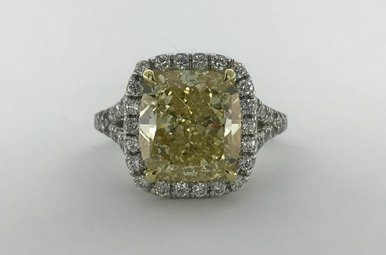 18k Yellow/White Gold 5.70ctw (5.05ct Fancy Yellow/SI1 - GIA) Cushion Halo Engagement Ring (Size 7)